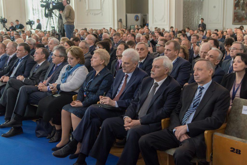 В работе съезда приняли участие около 600 ректоров из разных стран мира